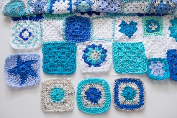 Manta Crochet.Granny squares azules de ganchillo.