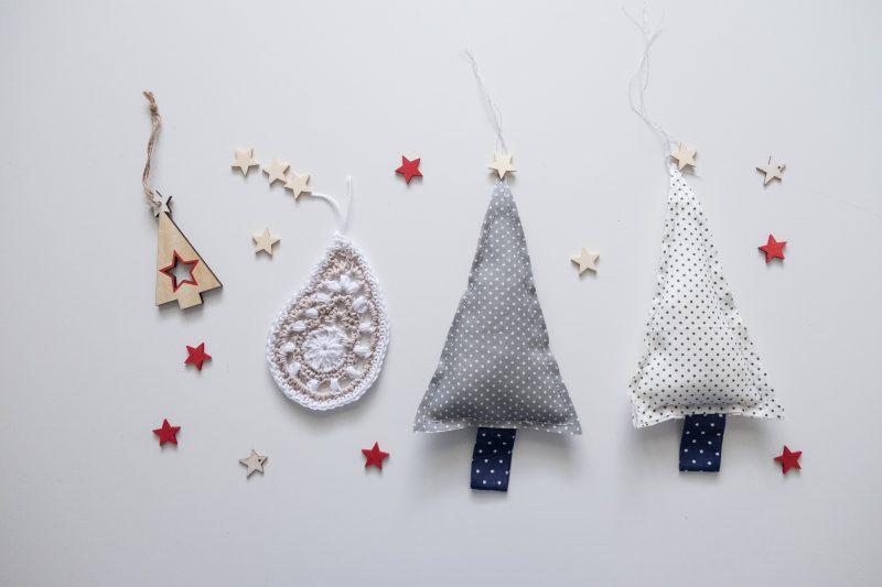Motivo de ganchillo para adornar el árbol de navidad.