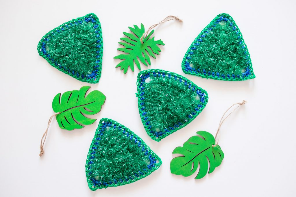 Green Crochet coasters and leaves
