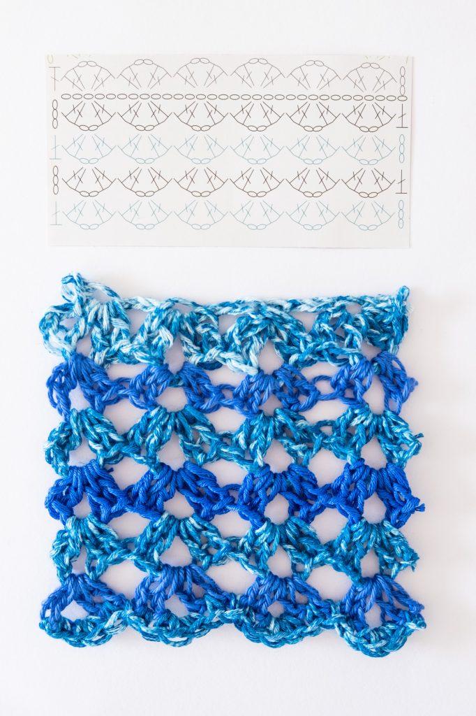 Blue waves crochet stitch granny square
